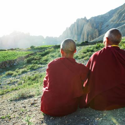 ONLINE Az 5 tibeti rítus ászanái workshop március 28-án 14.00-17.00